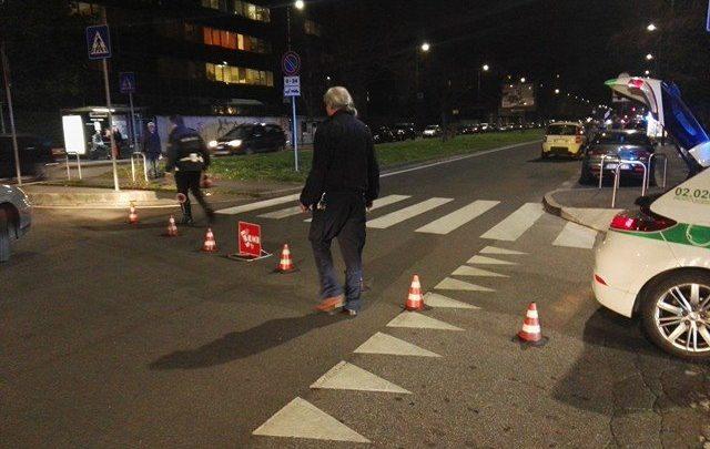 Incidente Stasera a Milano: Pedone Investito in via D'Alviano 1