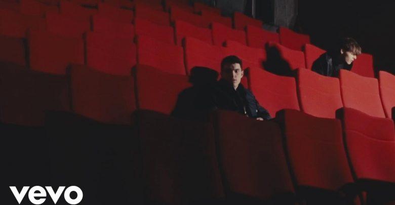 """Urban Strangers, """"Stronger"""": Video e Testo del nuovo singolo"""