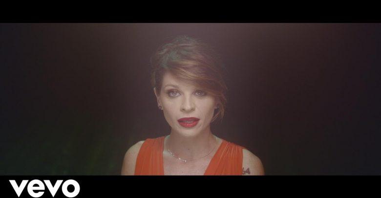 """Alessandra Amoroso, nuovo singolo """"Fidati ancora di me"""": Video Ufficiale"""