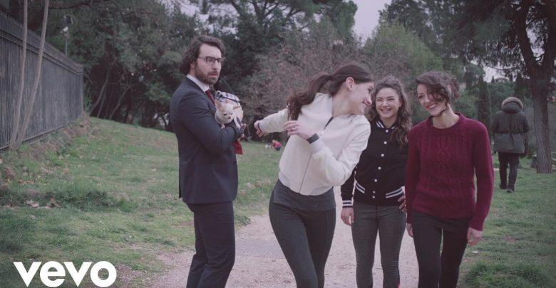 """Gigi D'Alessio: nuovo singolo """"T'innamori e poi"""" (Video)"""