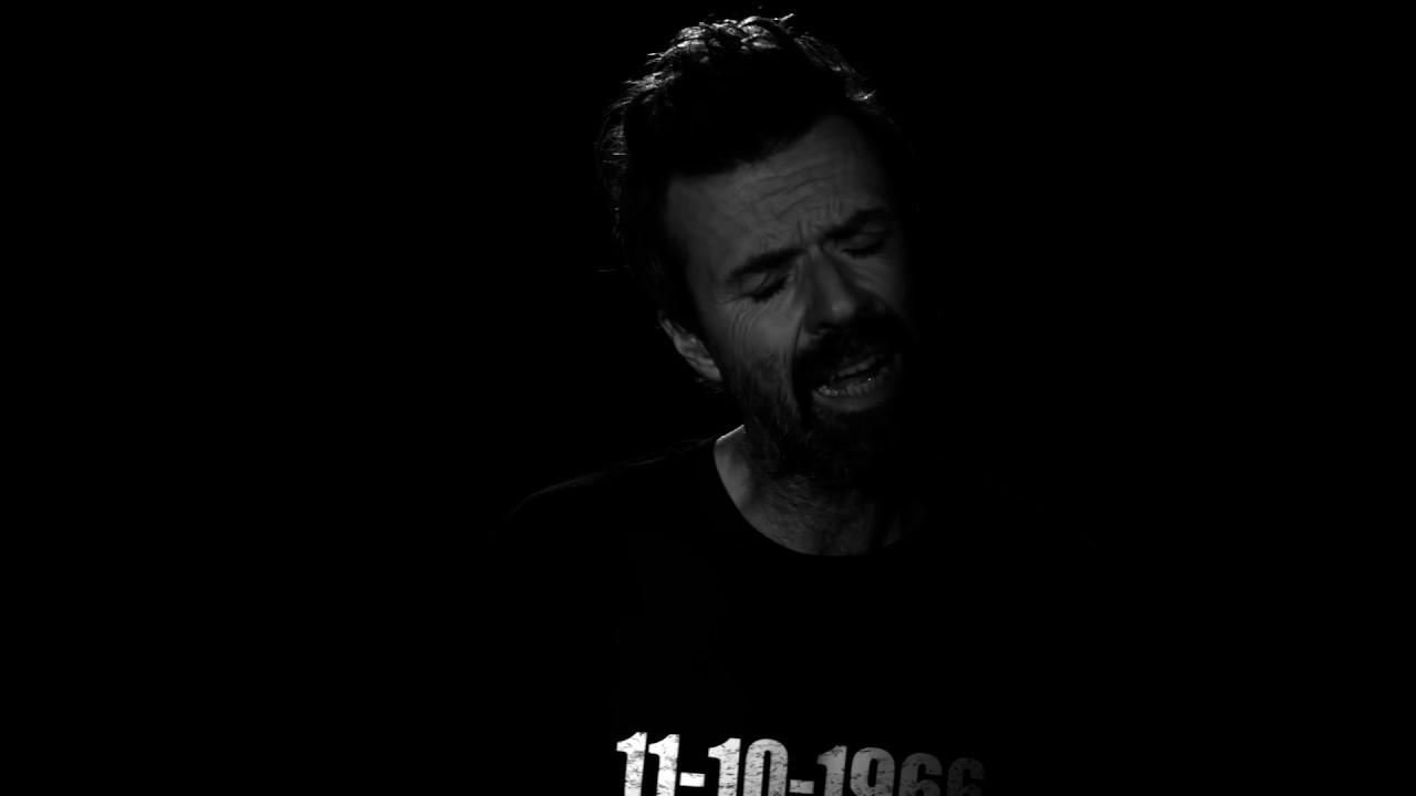 """Jarabe De Palo con Kekko Silvestre """"Fumo"""": Video e Testo"""