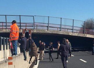 Ponte Crollato Sull'Autostrada A14: 2 Morti