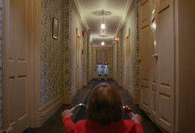 Gemelle Shining: due bimbe spaventano gli ospiti di un hotel 2