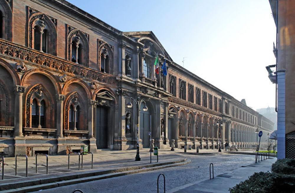 Università Statale di Milano: Mensa Chiusa per condizioni igieniche pessime