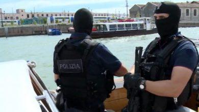 Photo of Venezia, 3 Arresti per Terrorismo