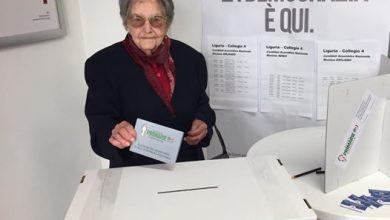 Photo of Primarie Pd Aprile 2017: Signora di 102 anni vota a Savona