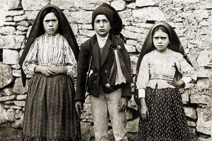 Fatima: Papa, pastorelli santi 13 maggio
