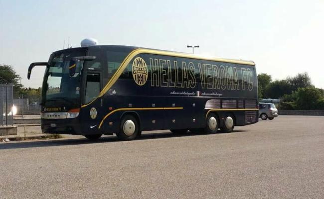 Autobus Hellas Verona preso a Sassate