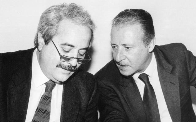 Mafia: Mattarella ai giovani, Falcone e Borsellino erano persone normali