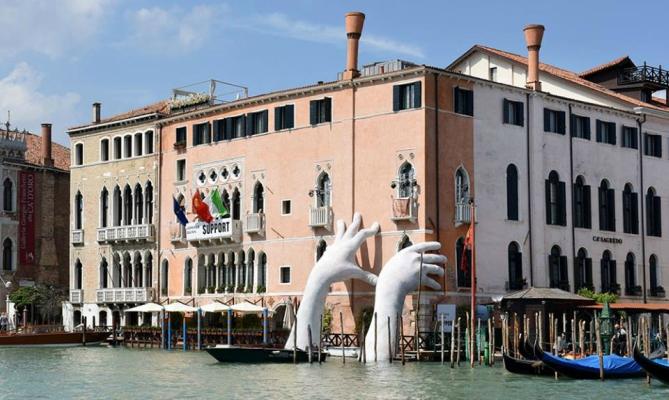 biennale venezia 2017 support a ca 39 sagredo l 39 opera di