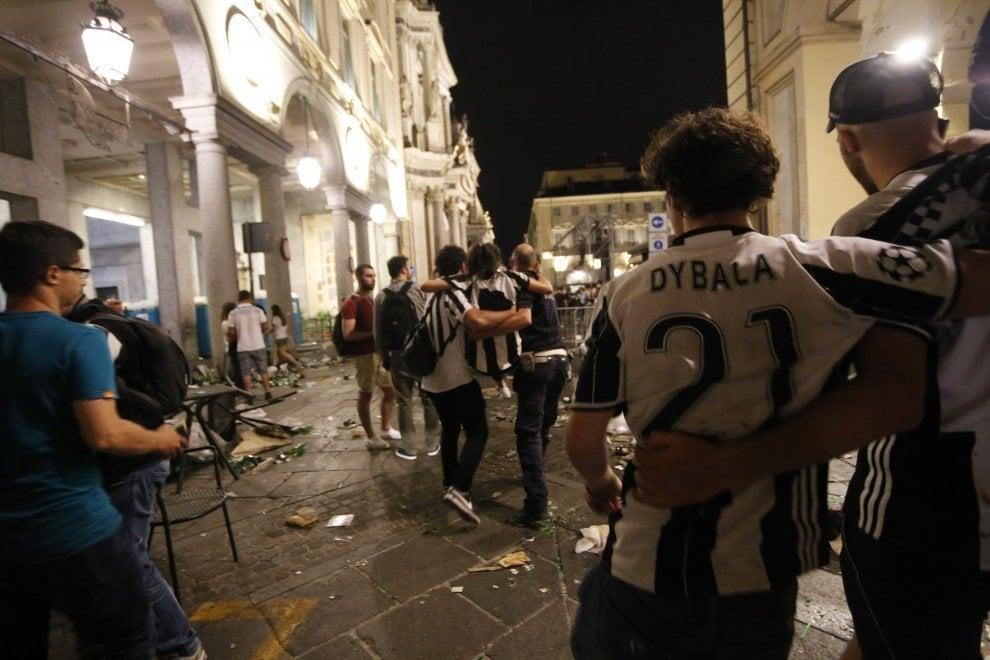 Bomba Piazza San Carlo Torino