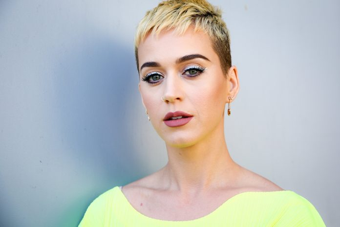 Katy Perry hits 100M Twitter followers; first person to pass the milestone
