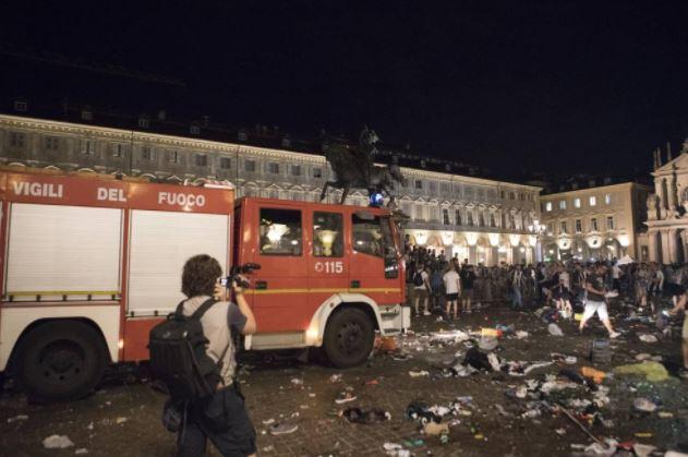 piazza_san_carlo_torino_feriti_vigili_del_fuoco