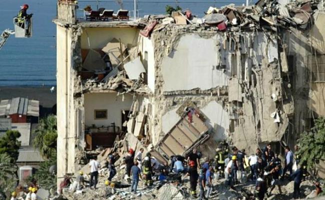 Palazzo Crollato a Torre Annunziata