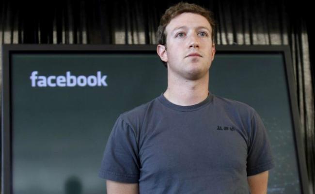 Zuckerberg Maglietta Grigia