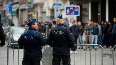 Photo of Attacco Bruxelles, uomo con coltello contro militari: arrestato