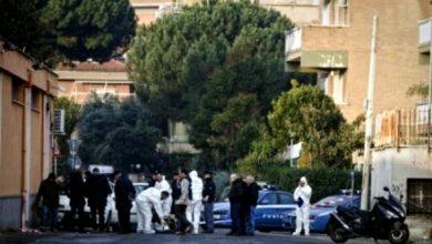 Photo of Gambe di donna in un cassonetto a Roma: il fratello confessa