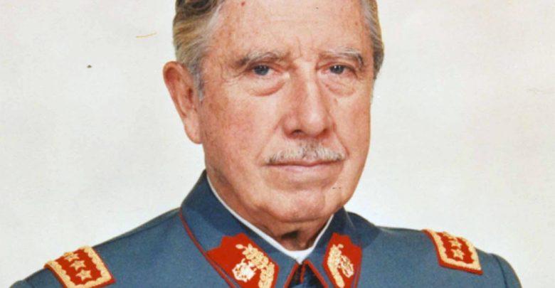 Augusto_Pinochet_2