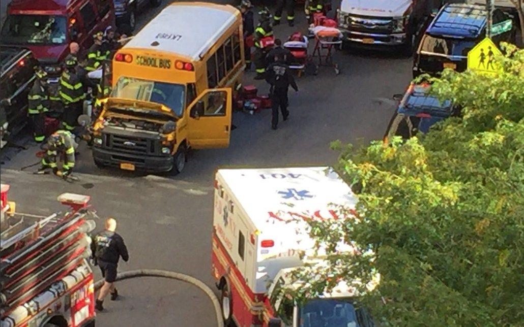 Auto sulla folla a New York
