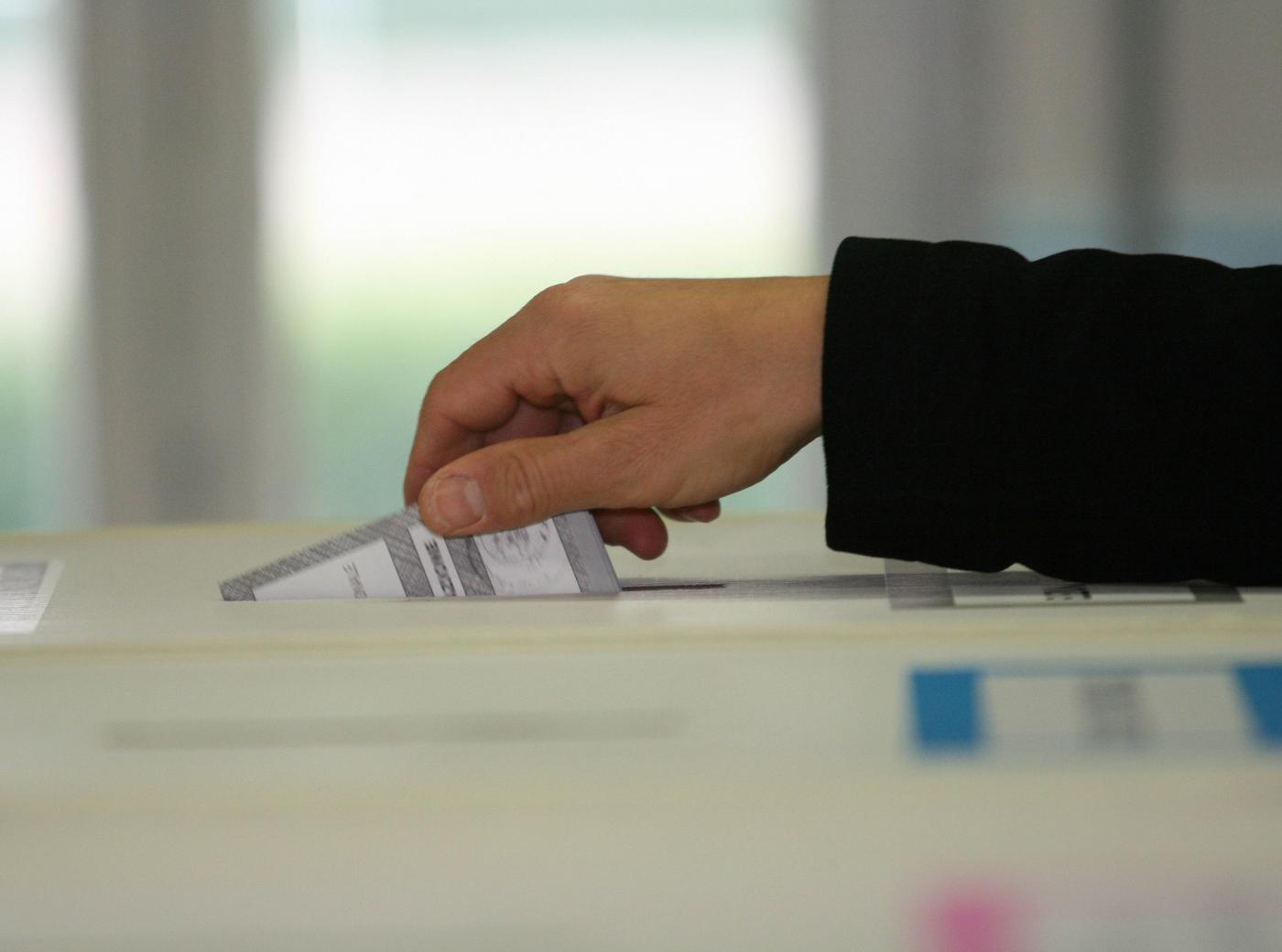 elezioni-urna-1