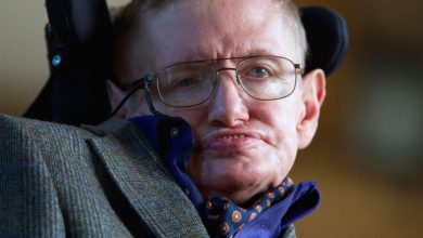 Photo of Stephen Hawking preoccupato dalle intelligenze artificiali