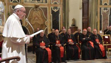 """Photo of Papa Francesco discorso alla Curia : """"Basta logica dei complotti e delle cerchie"""""""