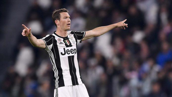 Futuro Lichtsteiner, può lasciare la Juventus a gennaio