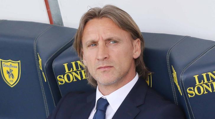 Nicola Esonero