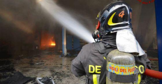 incendio fabbrica