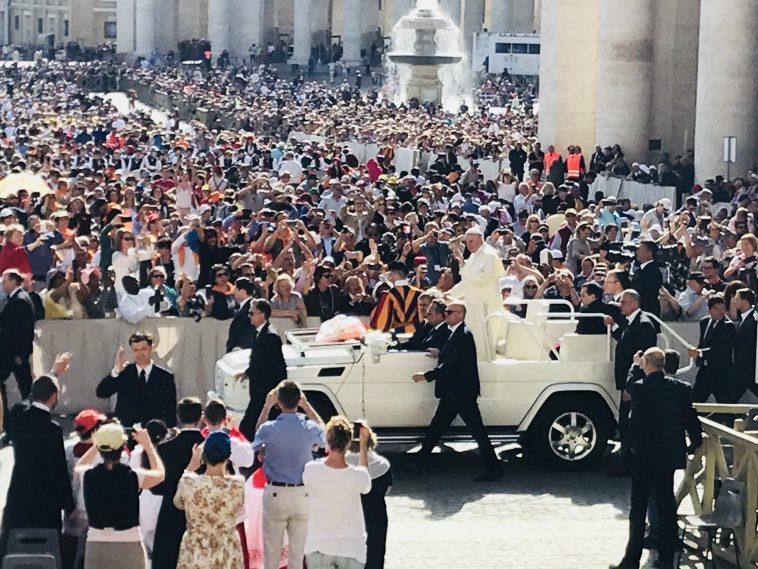 Papa Francesco non è Celestino V
