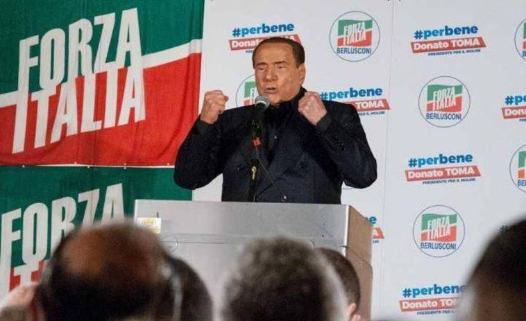 Silvio Berlusconi è ufficialmente riabilitato: si può candidare a premier