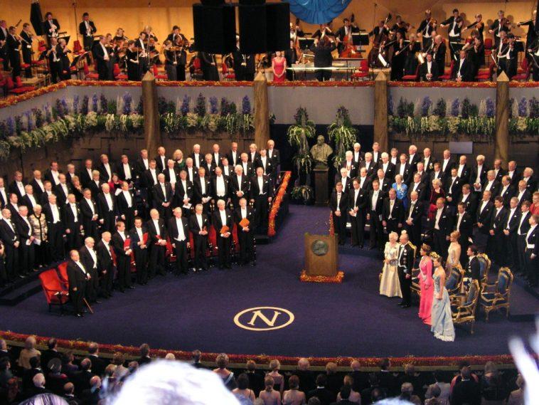 Scandalo molestie, non verrà assegnato il Nobel per la letteratura