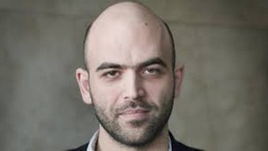 Photo of Roberto Saviano ospite al Salone del Libro di Torino 2018