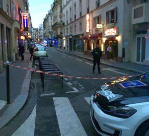 ++ Parigi, stampa, un morto fra accoltellati, 8 feriti ++
