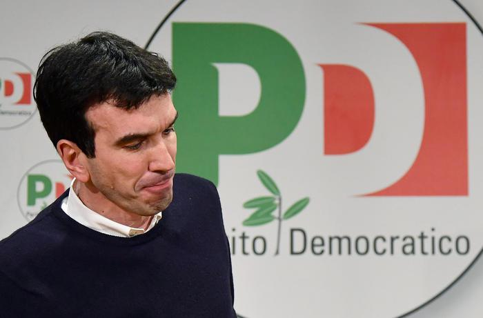 PD RINVIA ASSEMBLEA, IN STAND BY SU SEGRETARIO E GOVERNO
