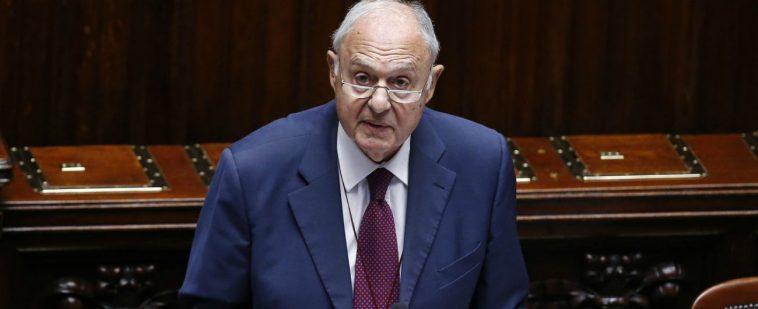 Ministro-Paolo-Savona-indagato-