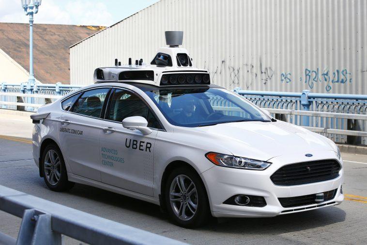 Uber – le auto senza conducente tornano sulle strade pubbliche