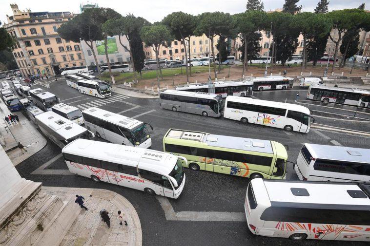 protesta bus roma