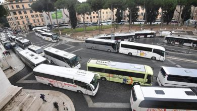 Photo of Uomo investito da un autobus a Roma davanti alla Stazione Tiburtina