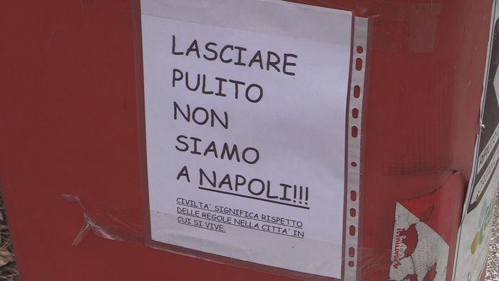 cartello Pordenone offende napoletani