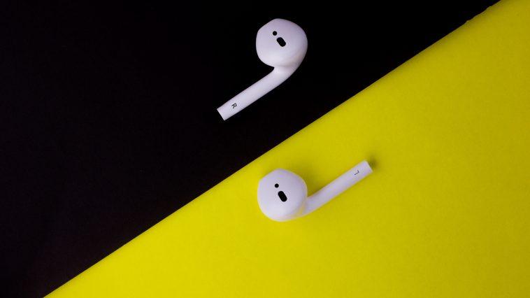 Apple – AirPods 3 in arrivo due versioni entro la fine del 2019