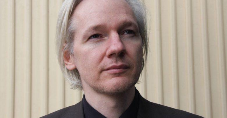 arrestato julian assange