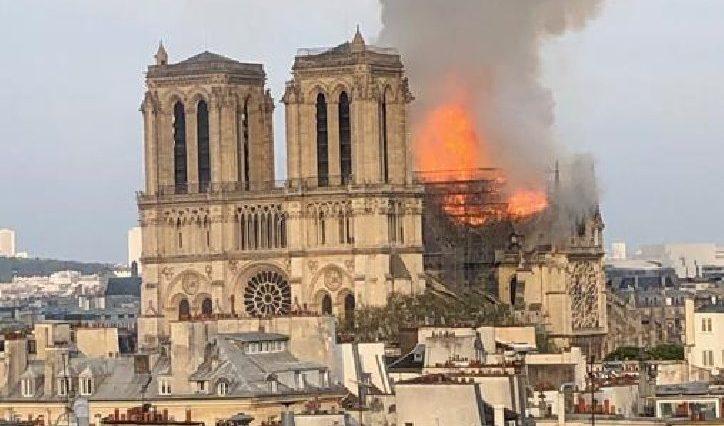 incendio-cattedrale-notre-dame