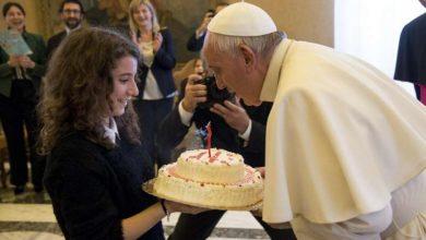 Photo of Compleanno Papa Francesco, festa in Vaticano per i suoi 83 anni