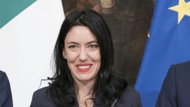 Photo of Chi è Lucia Azzolina, ministro dell'Istruzione: Biografia e Carriera