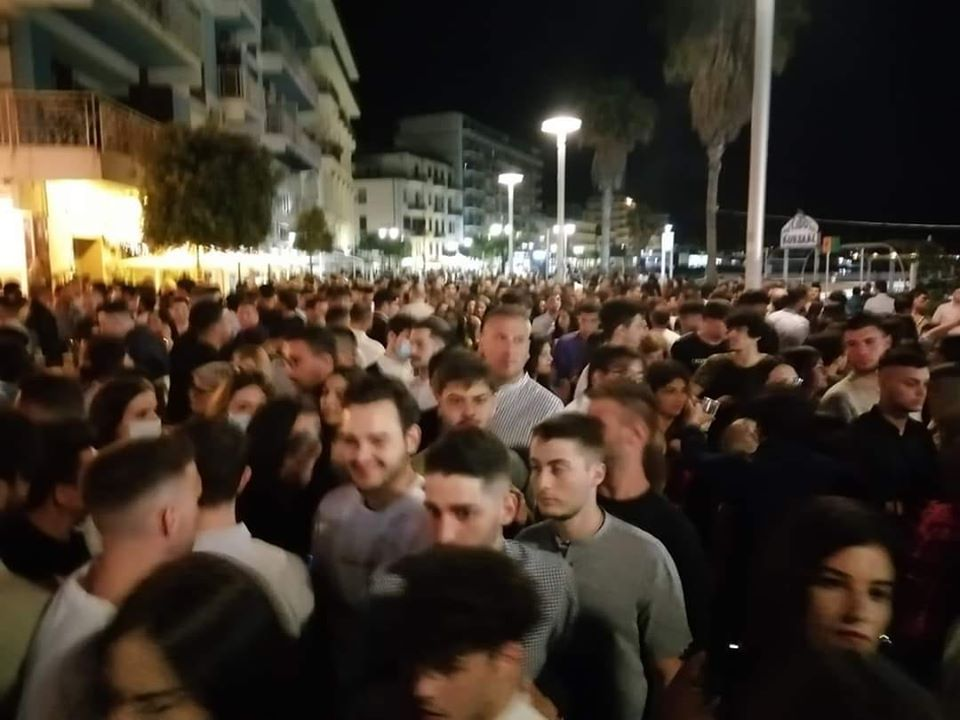 Movida e giovani: A Crotone non rispettate le misure anti-Covid