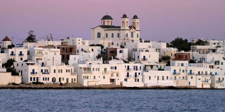 Photo of Isola Paros in Grecia: cosa vedere, spiagge più belle e come arrivare